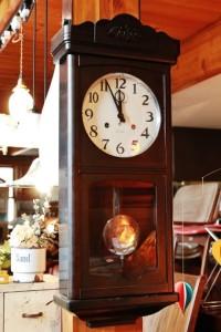 81アイチ時計の柱時計