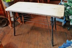 81鉄脚カフェテーブル