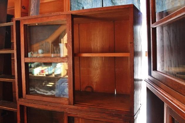 81レトロな食器棚 2段式 昭和レトロ