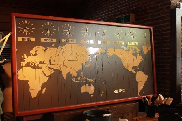 81世界時計