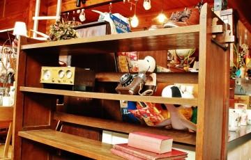 81 くさびの本棚 楔 昭和レトロ家具 くさび留め カメラ 古道具