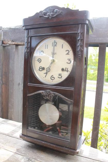 81 レトロな時計 振子時計 古時計