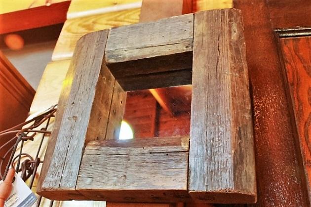 81 鏡 木製のフレーム 古材 端材