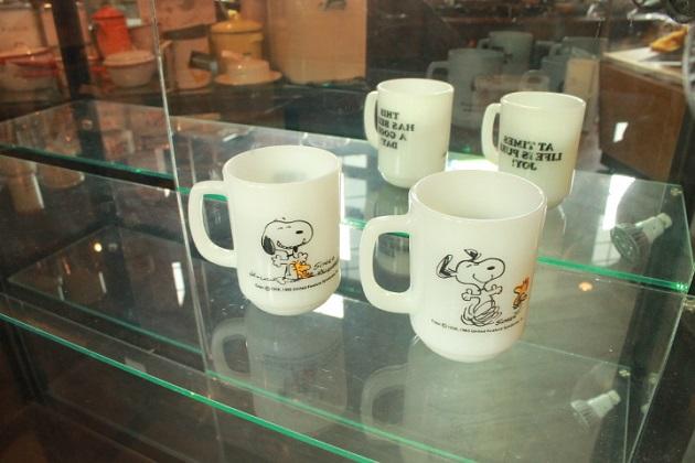 81 ガラスケース ガラスキャビネット 陳列ケース コレクションケース