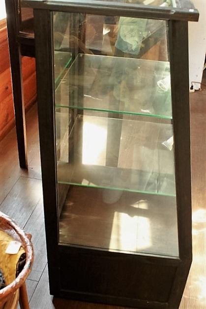 81 ガラスケース ガラスキャビネット 陳列ケース コレクションケース 台形