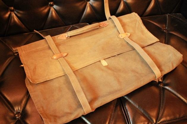 81衣装袋1
