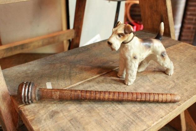 レースボビン 犬の置物