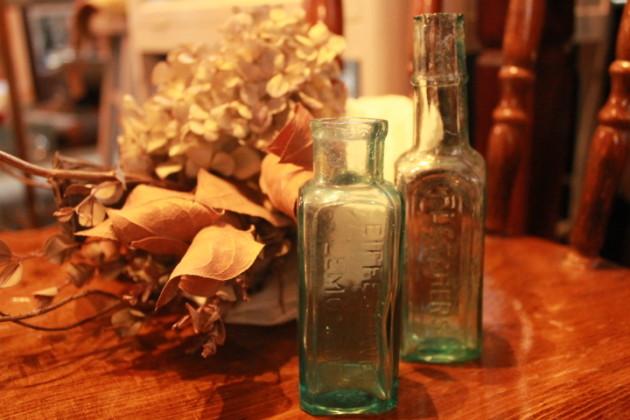 アンテーク 小瓶