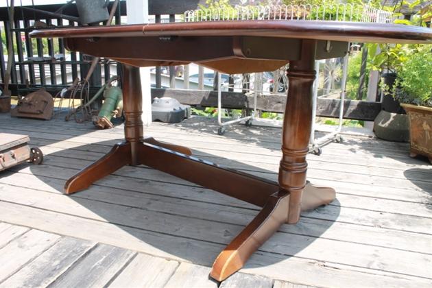 キツツキ ドローリーフテーブル
