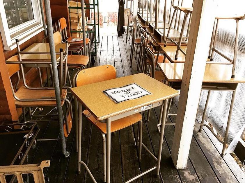 学校椅子机