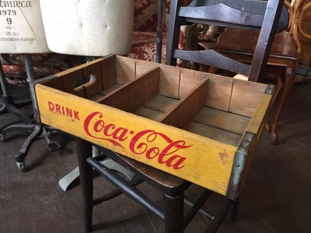 81コカ・コーラ瓶箱
