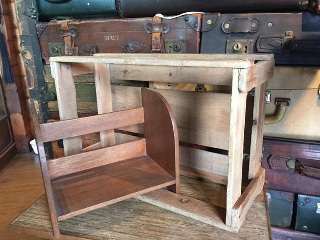 81本立てと木箱