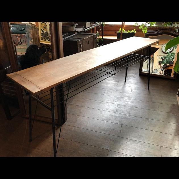 8110/8アイアン脚カウンターテーブル・ドライフラワー・オランダヴィンテージの木箱